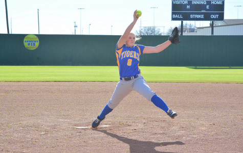 The Corsicana Tigers Varsity jump on McKinney early and coast to 8-2 win